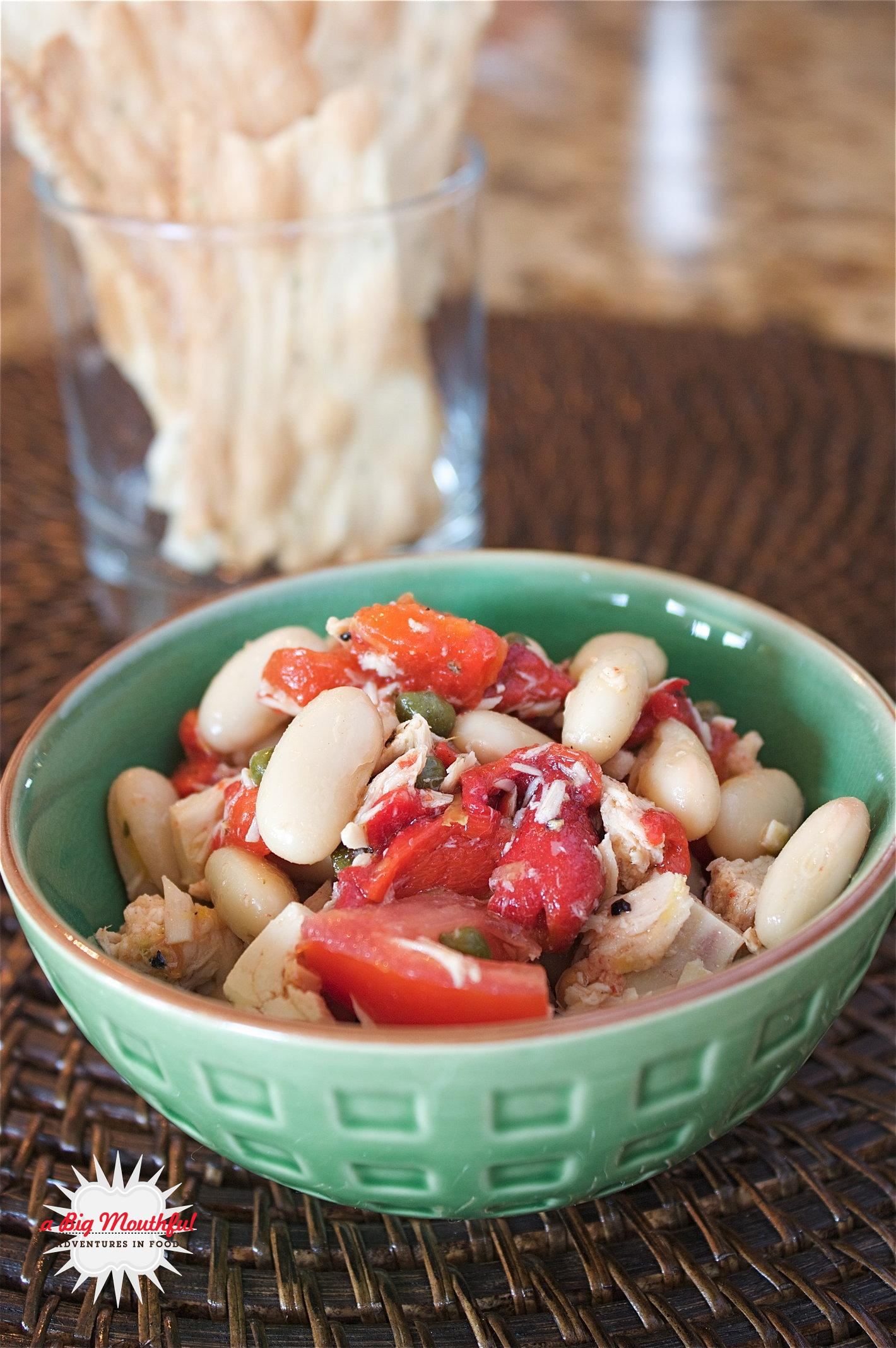 Lemony Tuna and White Bean Salad